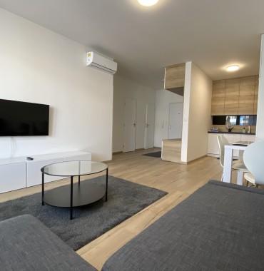 ENG/SVK Krásny 2izbový byt v novostavbe, balkón, Lužná ul.