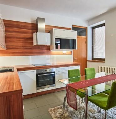 Velkometrážny 3 izbový byt v centre mesta na Paulínskej ulici v Trnave