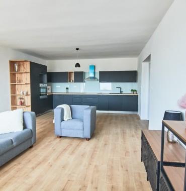 Veľmi pekný, priestranný a slnečný 2 izbový byt po rekonštrukcii v centre mesta Trnava