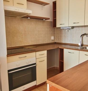 2 izbový byt s balkónom v NOVOSTAVBE, Zariadený, parkovacie miesto, KONIAREKOVA