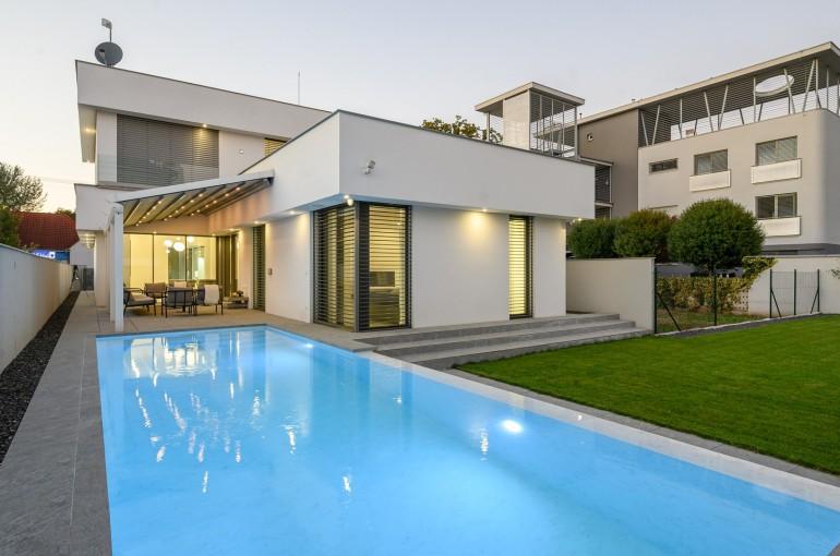 Luxusná moderná novostavba vily neďaleko centra mesta v Trnave
